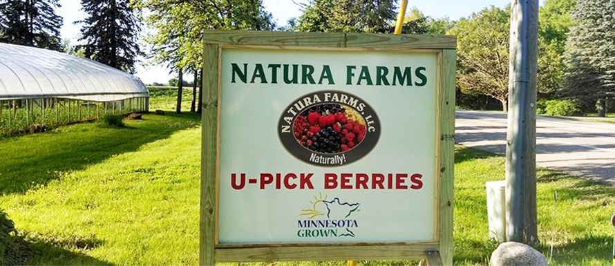 Entrance to Natura Farms from Manning Trail